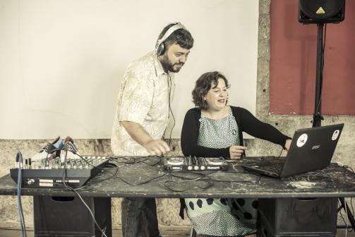 Swing On DJs